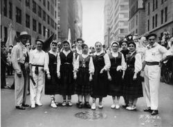 1948 NY dancers in street with Galindez and Oñatibia