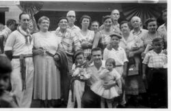 1957 NY picnic gathering