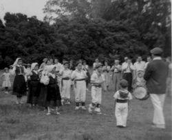 1957 NY picnic performance