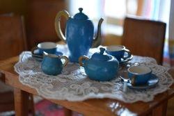 Erzgebirge tea set added by me.