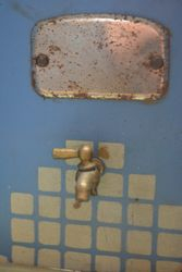 Working tap with tin mirror