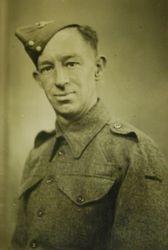 Gunner Leonard Johnson 1943 (209)