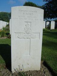Gunner Peter Ford grave