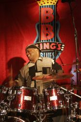 Tony Coleman (BB King's Big Band)