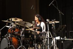Vera Figueiredo playing a BP Blaster kit
