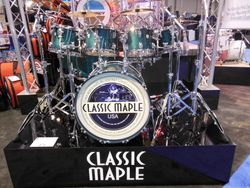 Ludwig Classic Maple.