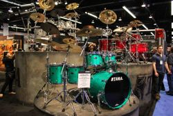 Starclassic B/B kit in green finish.