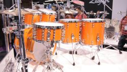 Reference kit in a nice yellow finish.