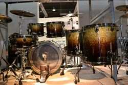 Mapex Saturn limited edition in moss green finish