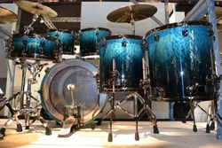 Mapex Saturn limited edition in ocean blue wave finish
