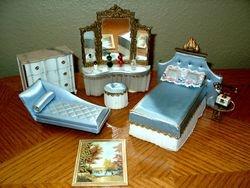 Ideal's 1964 Petite Princess Bedroom Pieces
