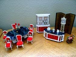 Ideal's 1964 Petite Princess Diningroom Pieces