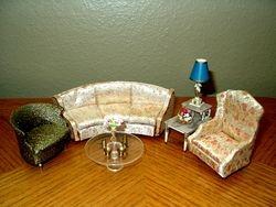 Ideal's 1964 Petite Princess Livingroom Pieces