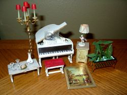 Ideal's 1964 Petite Princess Music Room Pieces+