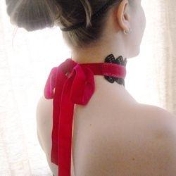 The Catherine Choker in Fushia Pink
