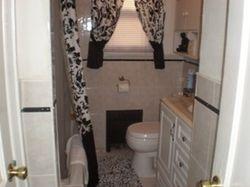 Full Bath w/Jacuzzi