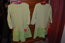 Twin Green T-shirt & woven dresses