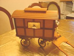 romany caravan/vardo other side