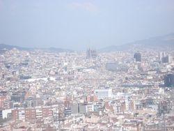 Pogled na Sagrada Familiju sa zicare Montjiuc-a