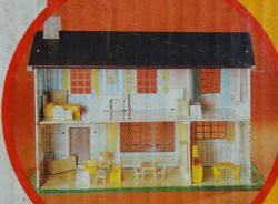 Picture on the box, showing some furniture (other colours)