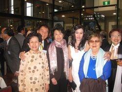 Hai GS Phu Nhan va chi Dang K Ngoc