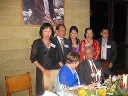 Cac vi Phu Nhan chuyen tro
