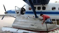 Float plane transport