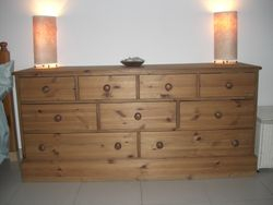 Chest of drawers - AED 1500