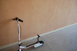 Pedal push Scooter hardley used 150DH