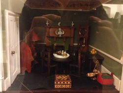 Early 20th Century Dolls' House - Dining Room/Parlour