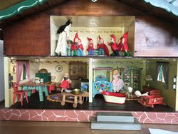 My Baps dolls are having a look around the chalet.