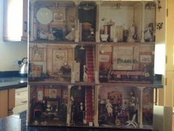 Jigsaw -Miss Amy Miles' Dolls' House