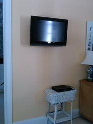 HD Flatscreen TV swivel bracket