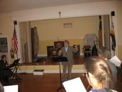 Ellen Oak directing Three Rivers Chorus