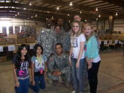 EHMS students with soldiers from Ft Hood