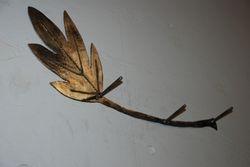Leaf coat rack
