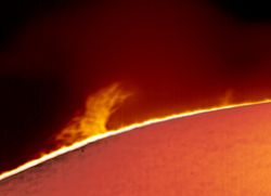 Prominence 08-04-11