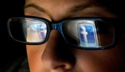 Facebook Traffic to US News Sites Has Fallen by Double Digits Report Says