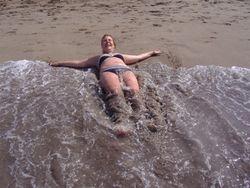 Ipak nije tako hladan taj okean.. :)