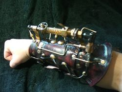 Chaotica Steampunk Gun Bracer1