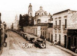 Cortejo Funebre, en Av. Madero. 1940.