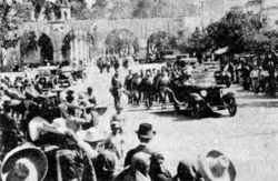Desfile militar, Av. Madero. 1920. Morelia.