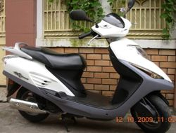 HONDA e-sky - 125cc scooter - VND1,200,000/month (US$57) for monthly rental