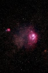 M8 (NGC 6523) Lagoon Nebula M20 (NGC 6514) Trifid Nebula
