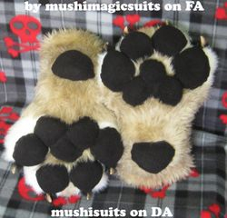 Luka's paws Finished: 2011