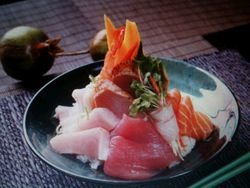 Chriashi Sushi