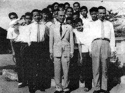 Hinh anh nhom B2 Nguyen Trãi 59-66