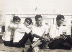 Hinh anh nhom Nguyen Trãi  61-68