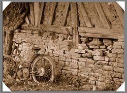Vieux Moto-Bicyclette