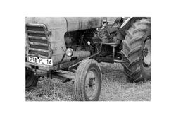 Tractor (Saint Aubin des Bois)